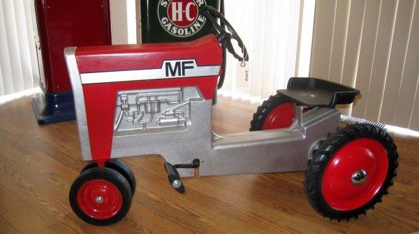 2006: Massey Ferguson Pedal Tractor