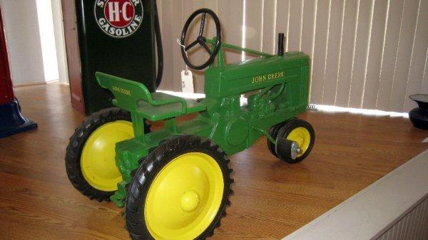 2019: 1947 John Deere Pedal Tractor