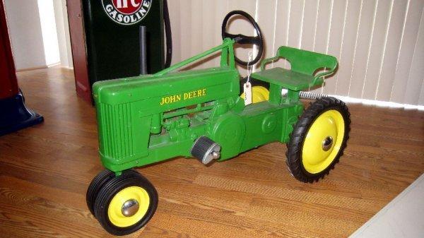 2020: 1949 John Deere Pedal Tractor