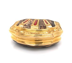 Gold and Agate Snuffbox