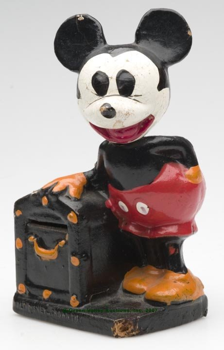 555: PAINTED COMPOSITION MICKEY MOUSE MONEY BANK, depic