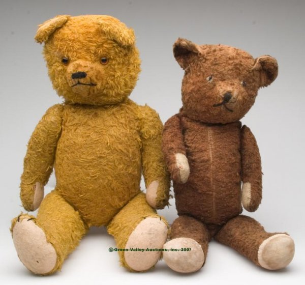 558: JOINTED MOHAIR TEDDY BEARS, LOT OF TWO, consisting