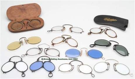 698: VARIOUS PINCE-NEZ EYEGLASSES, LOT OF TWELVE, inclu