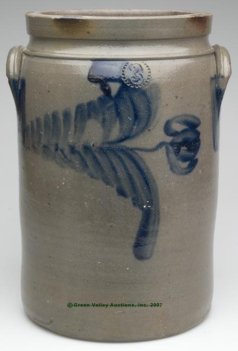 1028: MID-ATLANTIC DECORATED SALT-GLAZED STONEWARE JAR,