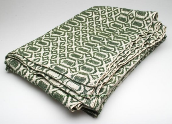 1075: VIRGINIA OVERSHOT COVERLET, dark green and white