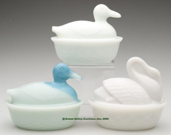 14: VARIOUS DUCK AND SWAN COVERED DISHES, LOT OF THREE,