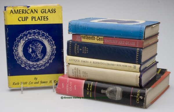 453: AMERICAN GLASS REFERENCE VOLUMES, LOT OF SEVEN, in