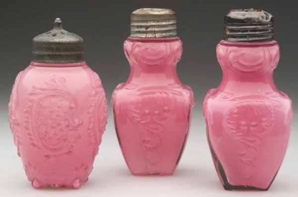 1514: CONSOLIDATED SALT SHAKERS - VARIOUS PATTERNS, LOT