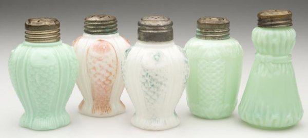 1515: CONSOLIDATED SALT SHAKERS - VARIOUS PATTERNS, LOT