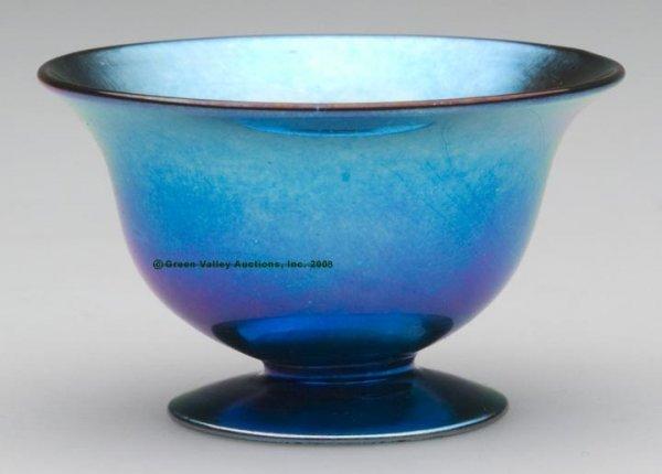 1843: STEUBEN PEDESTAL OPEN SALT, Blue Aurene, shape #3