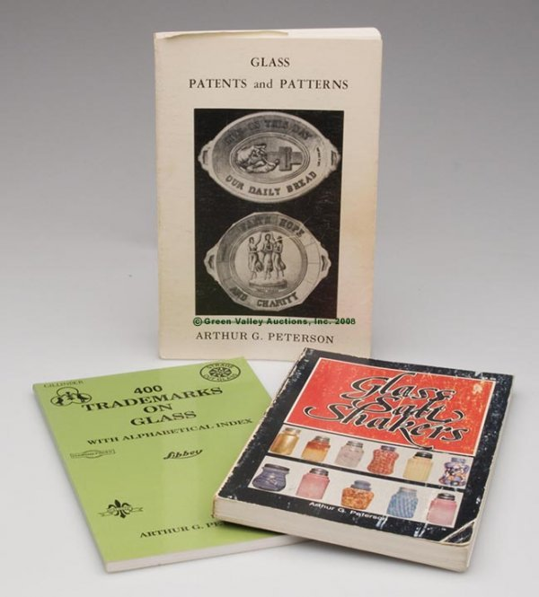 1002: ARTHUR PETERSON GLASS REFERENCE VOLUMES, LOT OF T