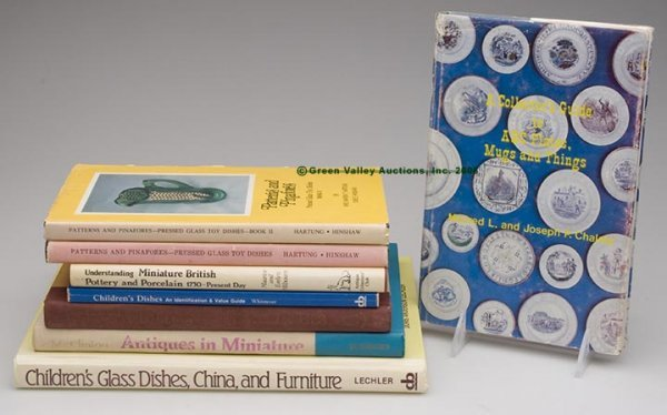 1007: CHILDREN'S TOY DISHES REFERENCE VOLUMES, LOT OF E