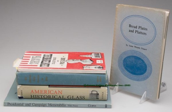 1015: HISTORICAL GLASS REFERENCE VOLUMES, LOT OF FIVE,