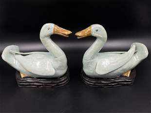 A pair of Chinese porcelain duck