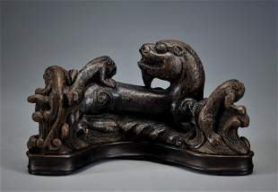 A Carved Aloes-wood Beasts Group Qing Dynasty