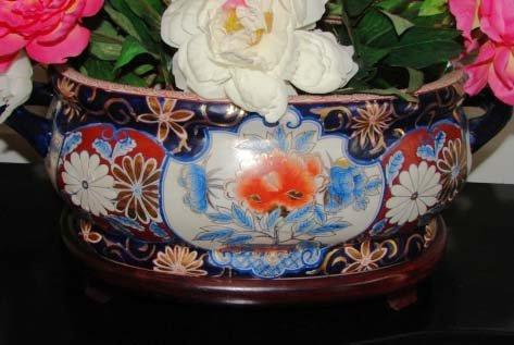 5: Contemporary Imari Style Porcelain Planter.