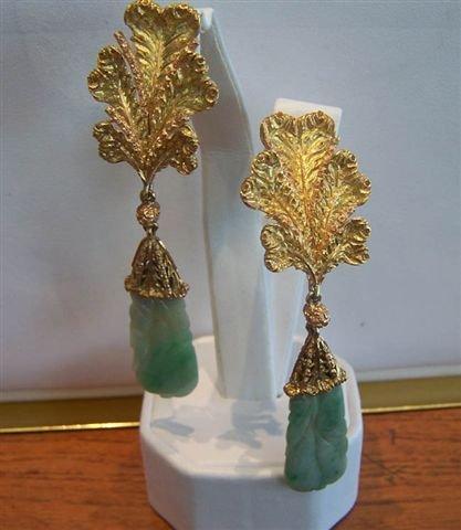 99: Buccellati Jade and Yellow Gold Earrings.