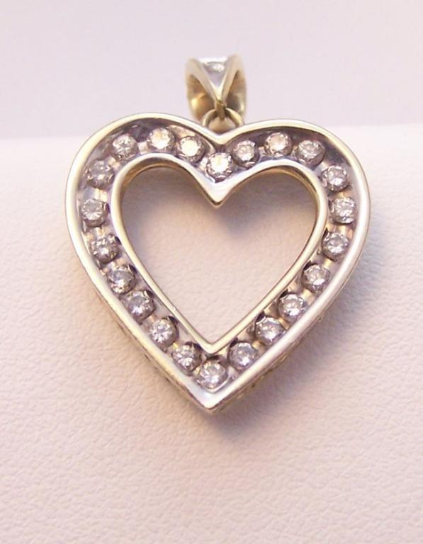 19: Ladies 14K White/Yellow Gold diamond Heart Pendant