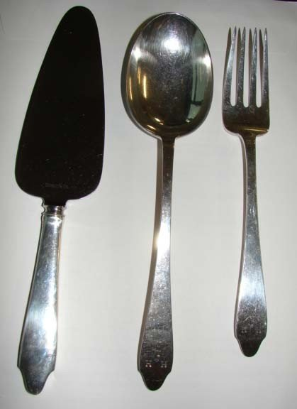 9: Tiffany & Co. Sterling Silver 3 Serving Pieces.