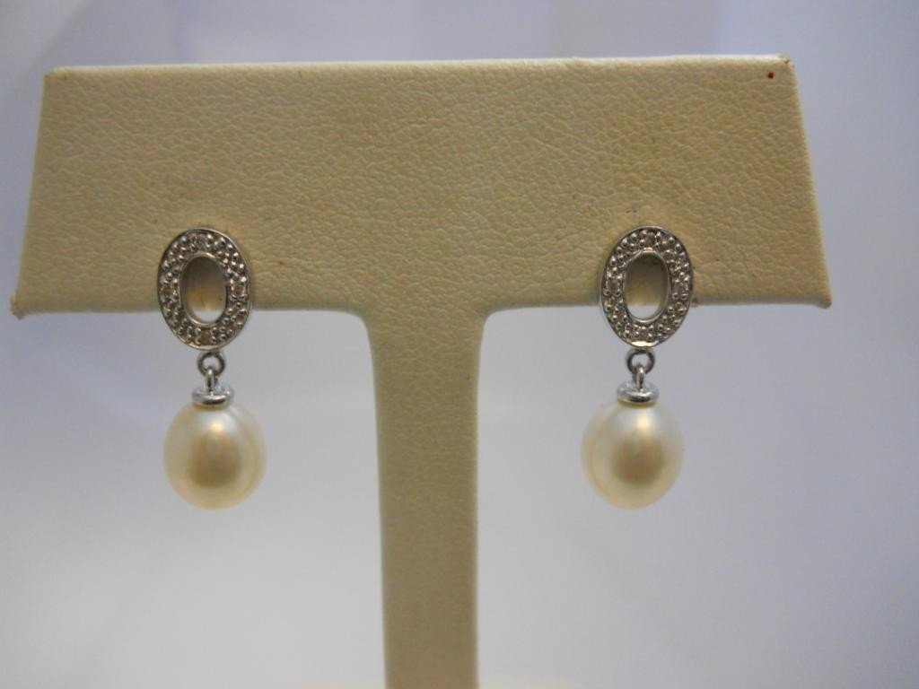 24: 14K White Gold, Pearl &  Diamond  Earrings.