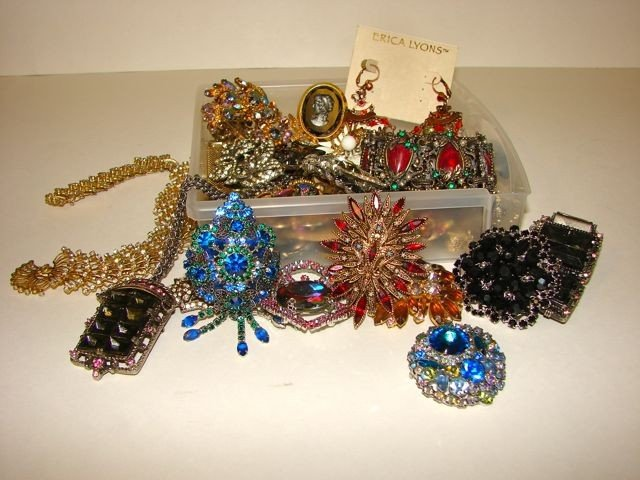 207: Lot Assorted Costume Jewelry.