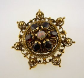 14K Yellow Gold Antique Brooch W/Opal Center.