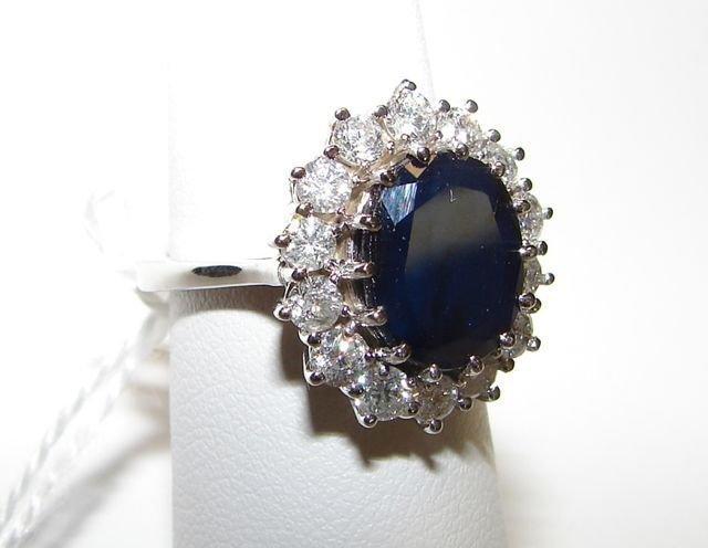 57: Ladies 14K White Gold Diamond Sapphire Ring. - 2