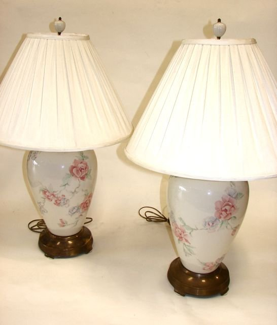 Pair 2 lenox porcelain vase table lamps 75 pair 2 lenox porcelain vase table lamps geotapseo Image collections