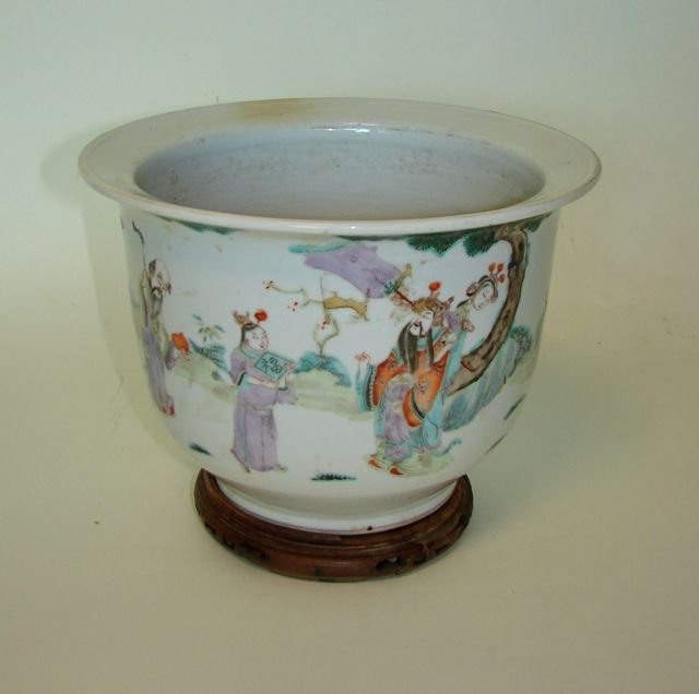Chinese Porcelain Jardiniere.