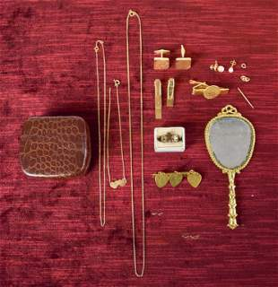 Gold and Gold Tone Jewelry Grouping