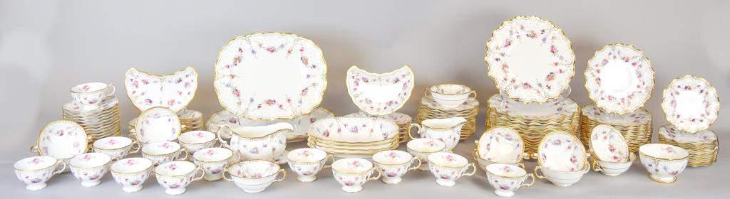 118 Pieces Royal Crown Derby Royal Antoinette