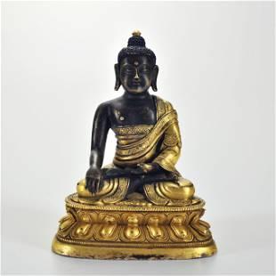 A Gilt-bronze Seated Shakyamuni Qing Dynasty
