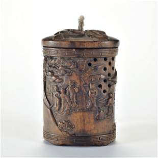 A Carved Aloes-wood Pomander Box Qing Dynasty