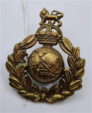 WW2 Royal Marine commando cap badge with hidden escape