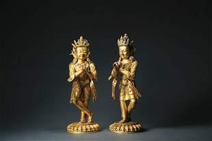 CHINESE PAIR OF GILT BRONZE STATUE OF BUDDHA