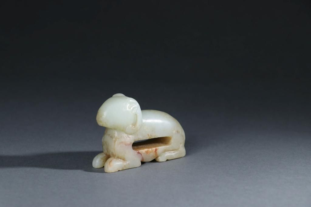 CHINESE CARVED JADE RAM ORNAMENT