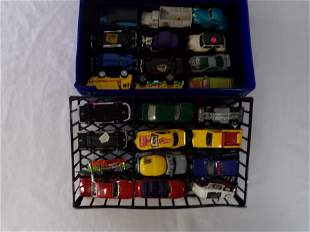 small carry case w/ hot wheels cars