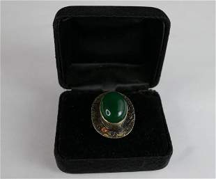 Fashion Lady Ring with Green Stone marked 925