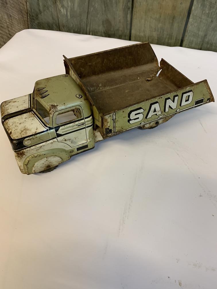 Marx press tin toy sand truck