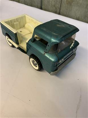 1960s Corvair gate side truck