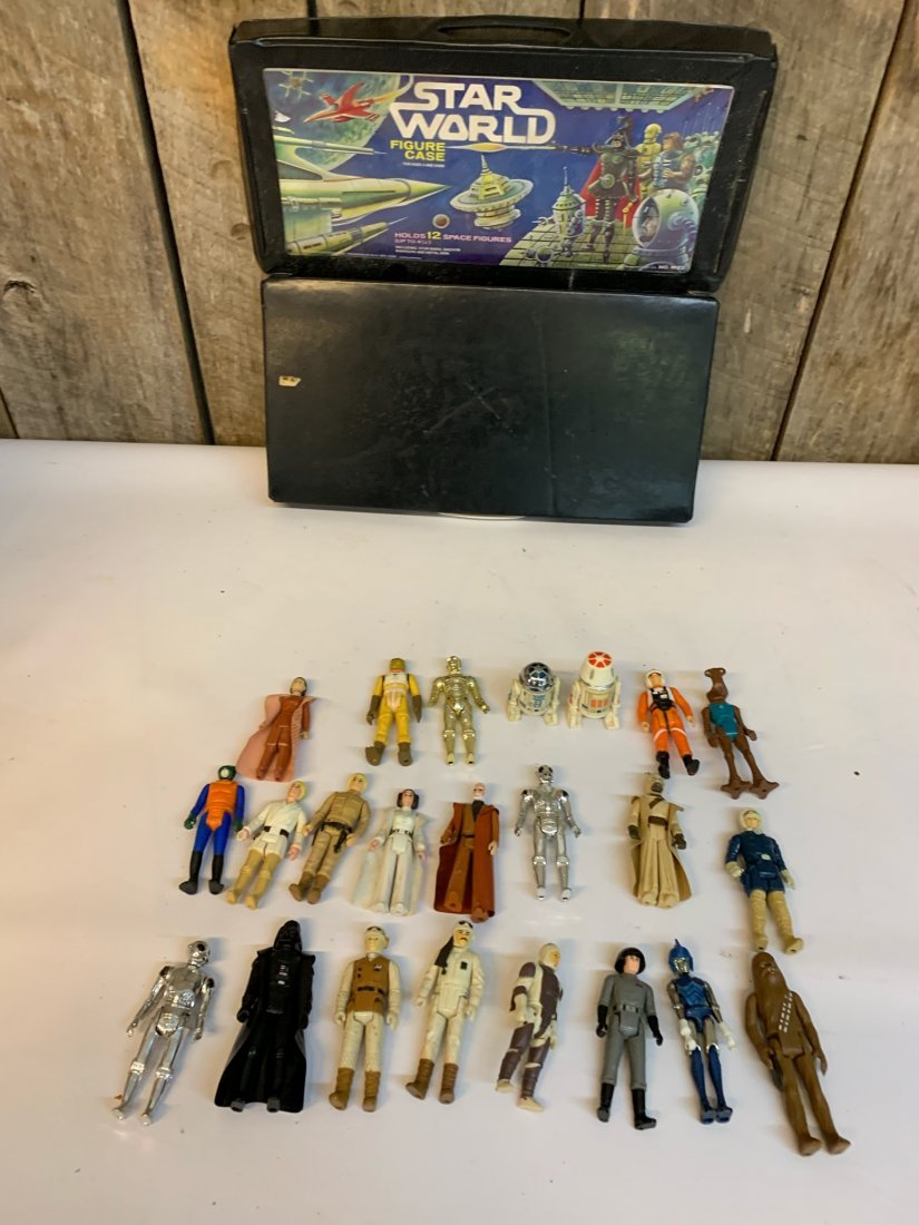 Star Wars action figures and Star World case