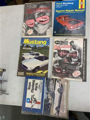 Assorted set of 5 Mustang magazines