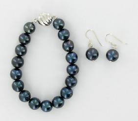 Black Saltwater Pearl Bracelet & Earrings