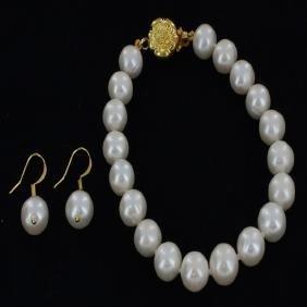 White Saltwater Pearl Earring Bracelet Set