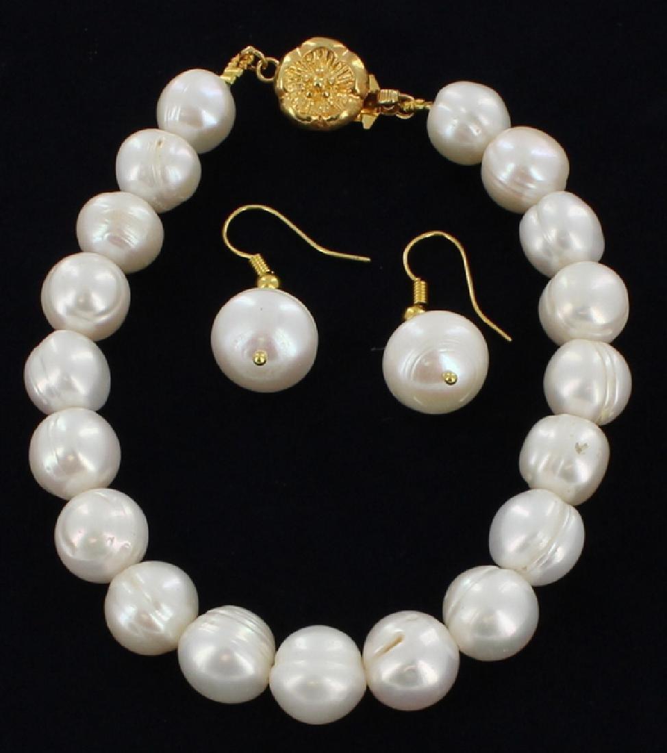 White Pearls Bracelet & Earring 8-9mm