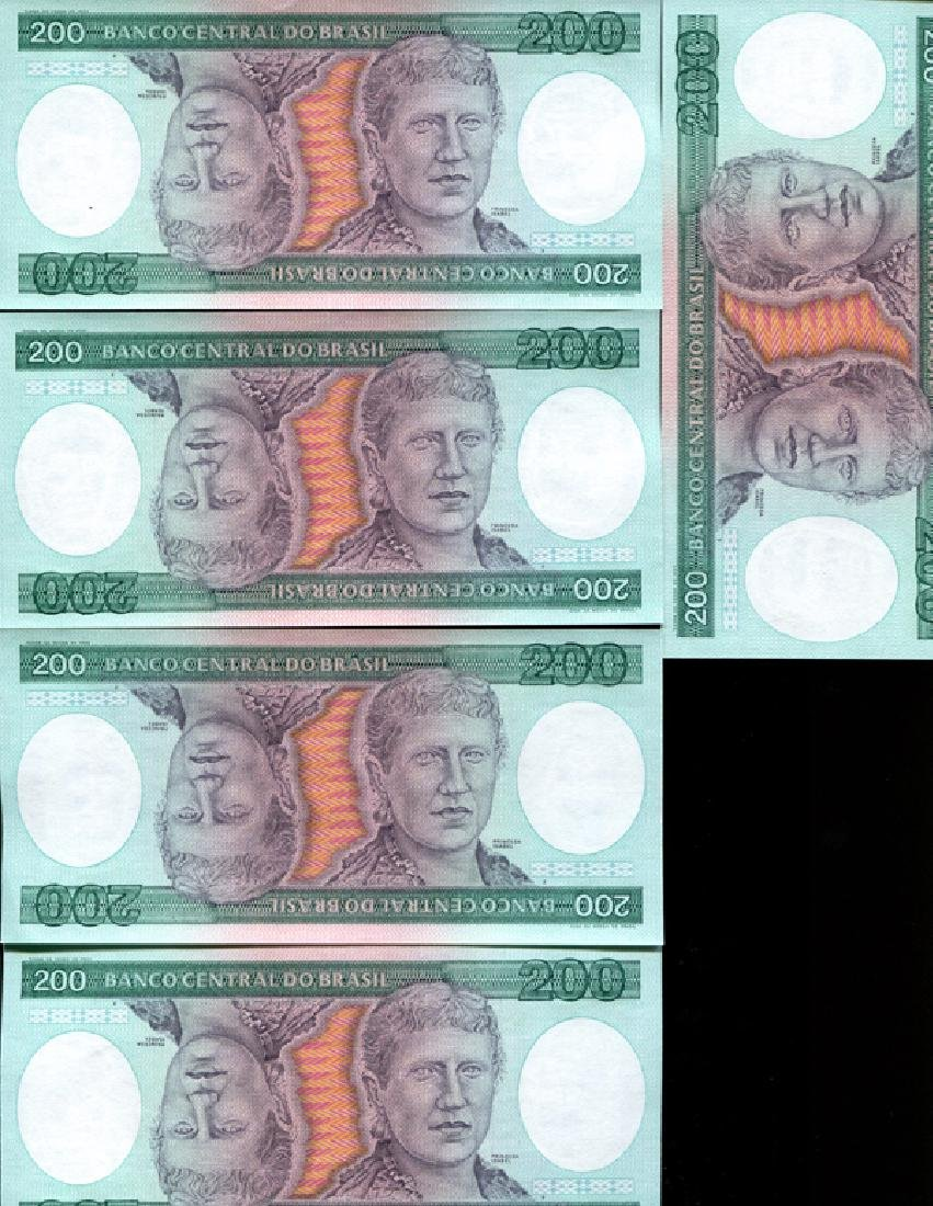 1981 Brazil 200C Crisp Unc Note 10pcs Scarce Sequential