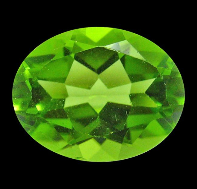 7: 2.41 ct Natural Lustrous Oval Green Peridot