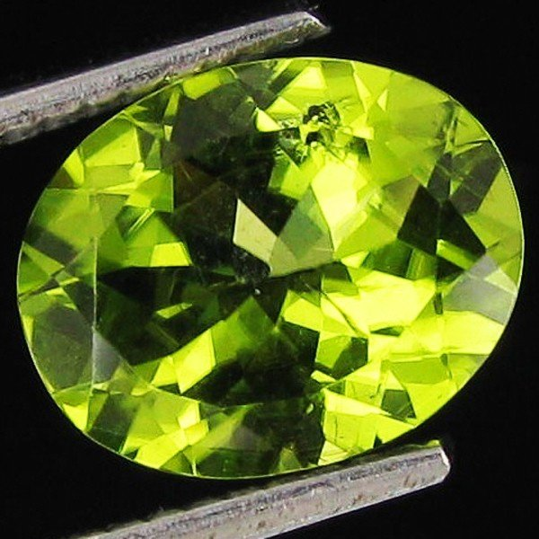 2A: 5.45ct Excellent Pakistan Peridot Oval