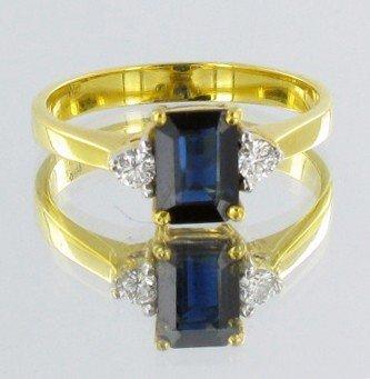318: 1.35ct Ceylon Blue Sapphire & Diamond 18k Ring