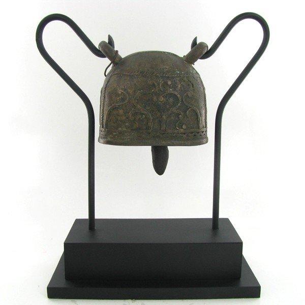 2841: Antique Thai Elephant Bronze Elephant Bell on Sta